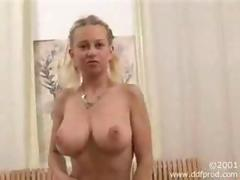 Rides her sybian to an orgasm movie