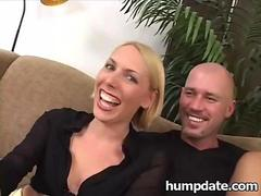 Sexy honney bunny and sandie get analized segment