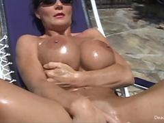 Beautiful milf Deauxma masturbating in her bikini