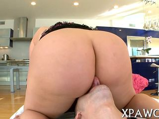 Showing porn images for khalifa mia sex gif porn