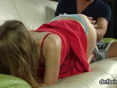 Innocent teen gapes wet snatch and gets deflorated