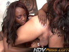 Ebony Babes Playing Threesome Angel Eyes and Jada Fire
