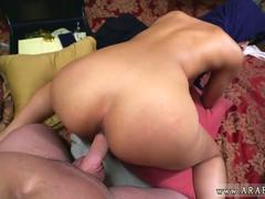 Arabian whore Mia Kalifa gets drilled for some cash