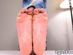 Footfetish trans teasing with her inked feet