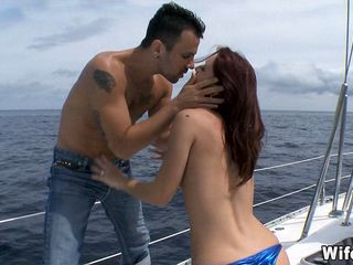 Gets fucked on a boat Cheating Wife Gets Fucked On Boat On Gotporn 6640795