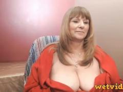 Granny craves for a masturbation time with her fav toys in front of webcam and teasing session
