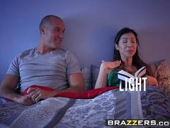 Brazzers - Pornstars Like it Big - Anna Bell Peaks and Sean Lawless - Tits Out Like A Light