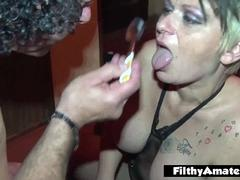 Amateur Milf cum swallow! A spoonful of cum after anal!