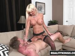 RealityKings - Milf Hunter - Kasey Storm Levi Cash - Sex Suit