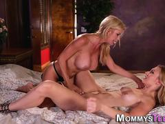Teen rims milf stepmom
