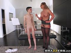 Brazzers Exxtra - Phoenix Marie Jordi El Nino Polla - Hardcore High Notes - Trailer preview