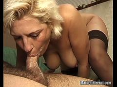 Mature loves eating the cock and getting creampied