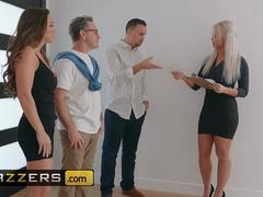Brazzers - Real Wife Stories - Abigail Mac Keiran Lee - Nailed At The Estate Sale