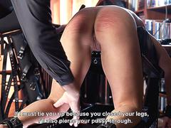 Young slut s beautiful pussy tortured