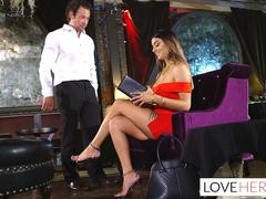 Alexis Zara Gives Her Waiter a Footjob