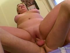 Thick girlfriends first threesome
