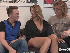 Skint fellow lets sexy buddy to penetrate his exgf for bucks
