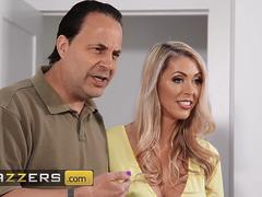 Brazzers Mommy Got Boobs Zac Wild Holly Hotwife Just Ignore Him