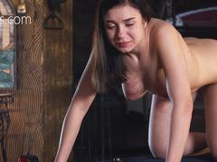 Slave lose her breath from pain