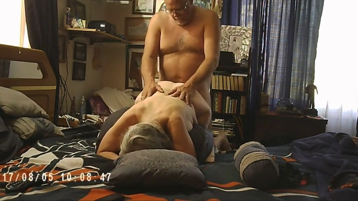 throat fucking and spanking my bitch debbie clip