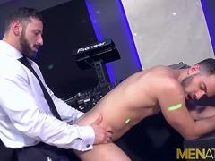 MENATPLAY Dominant DILF Antonio Miracle Fucks Robbie Rojo