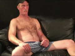 Mature Amateur Ralph Jacking Off